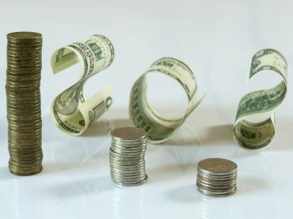 Финансовая удача должна улыбнуться в первую очередь программистам, банковским служащим, строителям, рекламщикам и кадровикам // Global Look Press