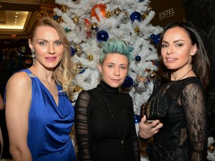 Екатерина Любомская (Радистка Кэт) – (в центре) // Global Look Press