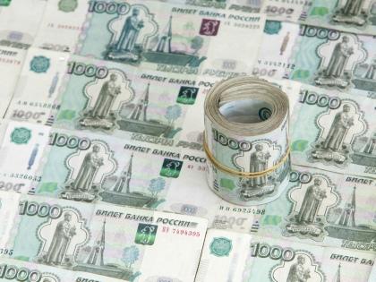 За минувшую неделю доллар подрос рубля на 2, и у многих возникло смутное опасение // Global Look Press