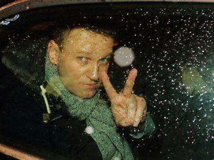 Алексея Навального и юриста ФБК задержали на митинге в Москве // Замир Усманов / Global Look Press