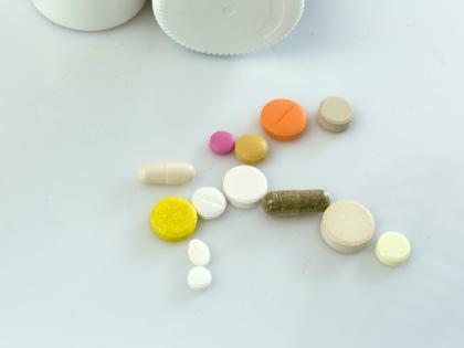 Хоть витамины и не лекарства и не продаются в аптеках по рецепту, тут тоже многое решает доза // Global Look Press