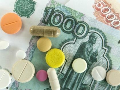 Цены на медикаменты, входящие в список ЖНВЛП, по данным аналитиков, в первом полугодии 2017 года упали на 3,2% // Global Look Press