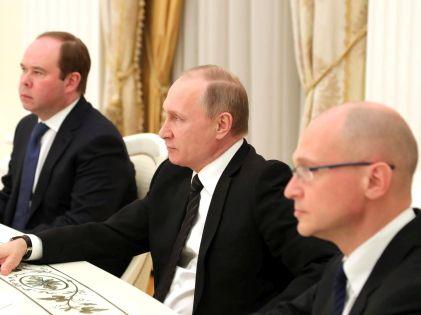 Антон Вайно, Владимир Путин и Сергей Кириенко // Global Look Press