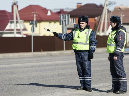 Возможно возвращение ситуаций, когда, например, подмосковные гаишники приезжали в Москву для того, чтобы «подзаработать» поборами // Николай Гынгазов / Global Look Press