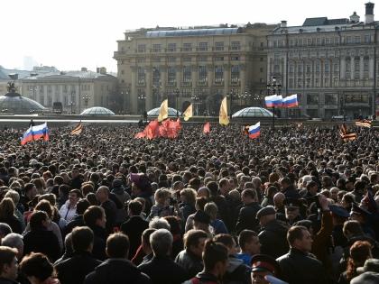 Траурные митинги солидарности с Санкт-Петербургом будут сравнивать с митингами «Он нам не Димон» — это было ясно с самого начала // Global Look Press