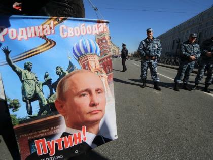 «Новый государственный стиль – тупость и добродушие, в лучших традициях советского анекдота» // Global Look Press