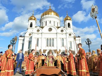 «К Николаю Чудотворцу в России всегда было особое отношение...» // Global Look Press