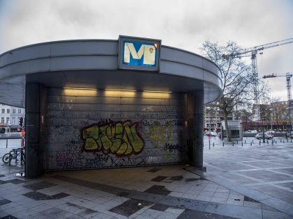 Закрытое метро в опустевшем Брюсселе  // Global Look Press