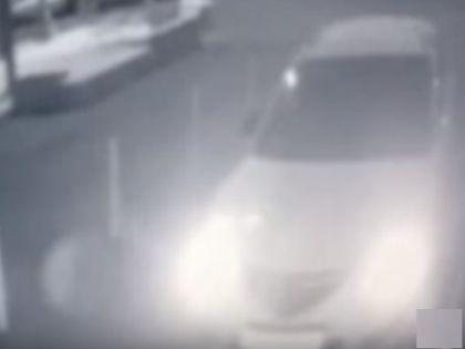 Mazda незадолго до падения // Кадр YouTube