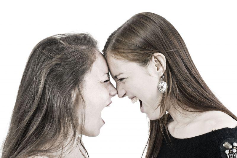 Две женщины договорились отомстить любовнику, узнав о его изменах // Global Look Press