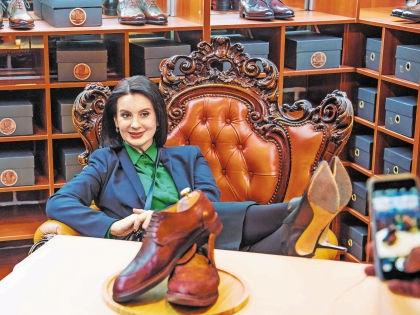 Екатерина Стриженова // ShoesBar by Gentiluomo Scarpe