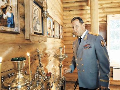 Виктор Золотов служит Путину, но и о Боге не забывает // Интерпресс / PhotoXpress