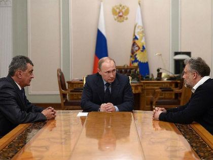 Встреча Владимира Путина с Алексеем Чалым и Сергеем Меняйло 14 апреля 2014 года // kremlin.ru