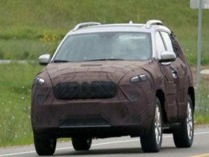 Рестайлинговый Jeep Cherokee тестируют в Мичигане // Worldcarfans.com