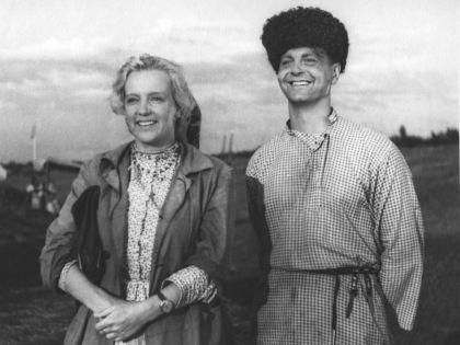 Кадр из «Кубанских казаков» с участием Юрия Любимова // архив Госфильмофонда
