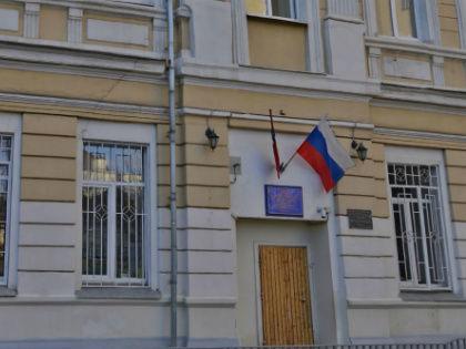 Проверкой случившегося сейчас занимается Следственный комитет, а школа организовала собственную этическую комиссию // Яндекс.Карты