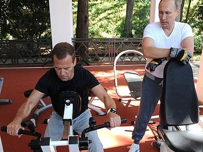 Совместная тренировка Дмитрия Медведева и Владимира Путина // kremlim.ru