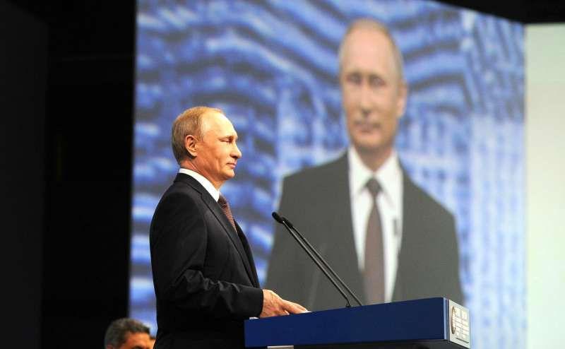 Путин в Петербурге // Global Look Press