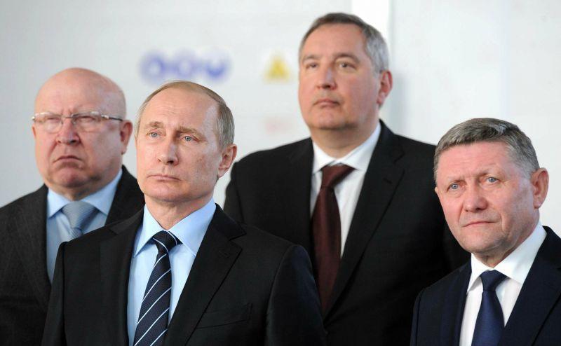 Путин и Рогозин // Global Look Press