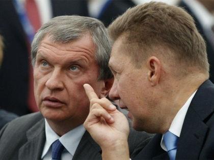Глава «Роснефти» Игорь Сечин и руководитель «Газпрома» Алексей Миллер // Global Look Press