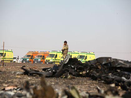 По словам представителя египетских властей, главная версия крушения A321 в настоящий момент — технические неполадки // Global Look Press
