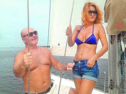 Николай Агурбаш с возлюбленной //