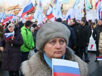 Выразить своё недовольство свержением Виктора Януковича смогли не все // Александр Алешкин / «Собеседник»
