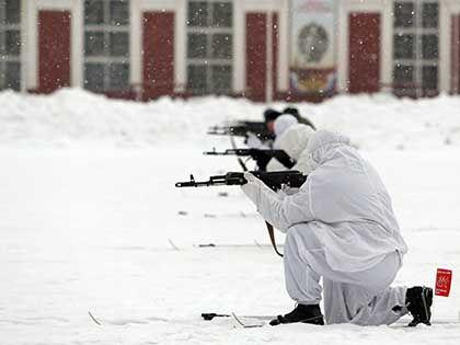 По версии командования части, все травмы солдат перед самоубийством нанёс себе самостоятельно // Russian Look