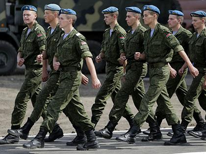 От эпидемии гриппа призвали спасаться в армии // Николай Титов / Global Look Press