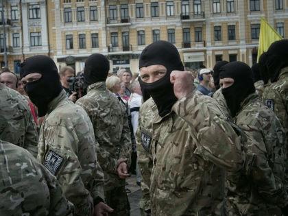 "Бойцы батальона ""Азов"" // Sergii Kharchenko/Global Look"