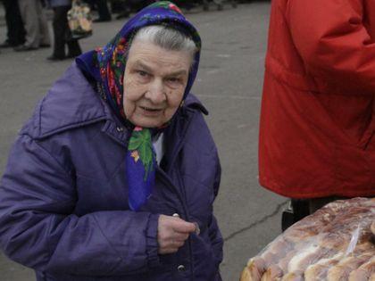 Пенсии в России ниже самых низких европейских, притом что жизнь за рубежом в среднем дешевле, говорит эксперт // Nikolay Titov / Global Look Press