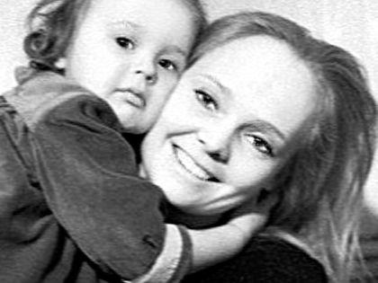 Белохвостикова с дочерью Наташей // личный архив актрисы