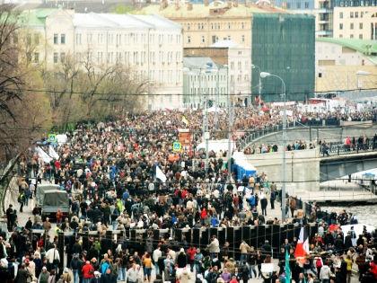 Митинг на Болотной площади // Global Look