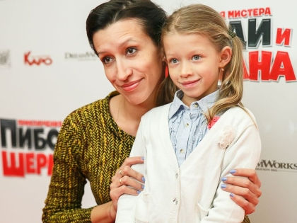 Елена Борщева и ее старшая дочь Марта // Persona Stars