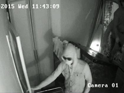 Участники погрома в офисе «Комитета против пыток» // Кадр YouTube