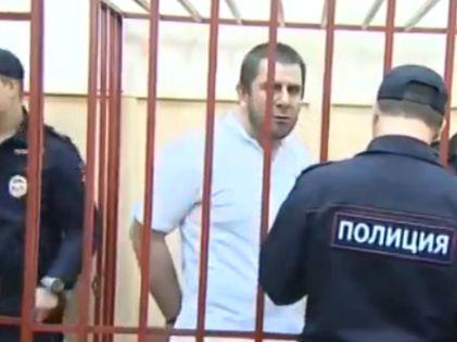 Темирлан Эскерханов в зале суда по делу об убийстве Бориса Немцова // стоп-кадр Youtube