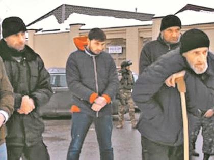 Этих людей выселяют из села Пригородное // Стоп-кадр YouTube