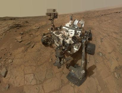 В камнях на дне марсианского озера Curiosity нашел большое количество нитратов и других соединений азота // Global Look Press