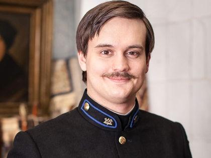 Александр Домогаров-младший сорвал съемки «Ёлок 1914» и теперь пытается стать режиссером в фильме «Ёлки 1914» // Ruskino