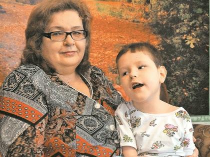 Наталья Кириллова с приемным сыном // из личного архива