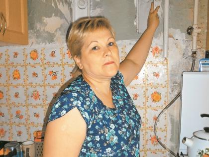 В квартире Измайловой с покосившимися стенами взять нечего // Ольга Кузнецова