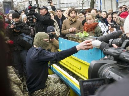 Массовая акция протеста в Киеве длилась с 21 ноября 2013 года по конец февраля 2014 // Global Look Press