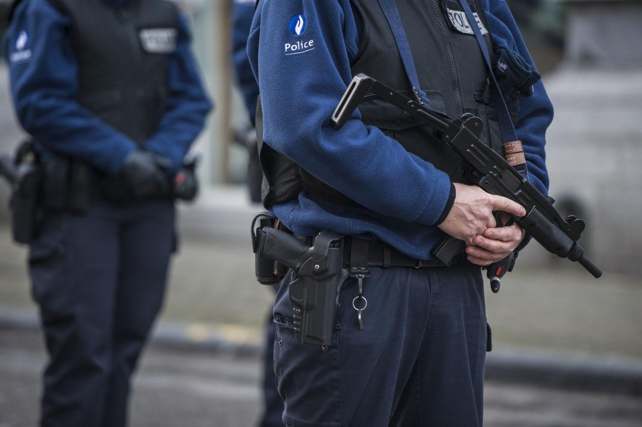 Во Франции по подозрению в подготовке теракта задержаны чеченцы // Russian Look