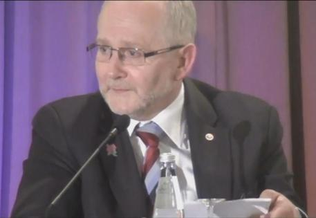 Президент Международного паралимпийского комитета Филип Крэйвен // Стоп-кадр / Youtube