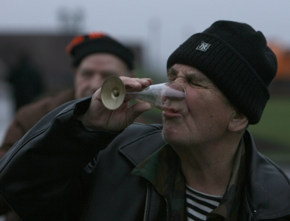 """""""У людей с низкими зарплатами и жутким качеством жизни все человеческие желания присутствуют, в том числе и желание в алкоголе"""" // Даниил Иванов / Global Look Press"""