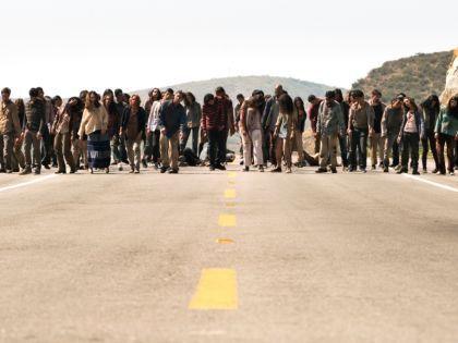 Зомби-апокалипсис требует от тех, кто хочет выжить, определенных навыков // Стоп-кадр YouTube