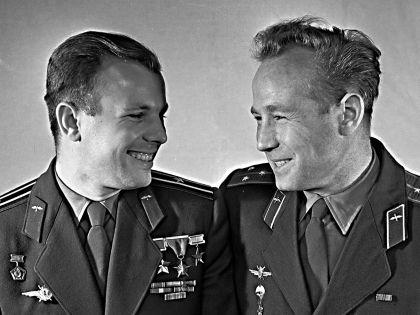 """Космонавту номер 1 и космонавту номер 11 всегда было о чем поговорить // РИА """"Новости"""""""