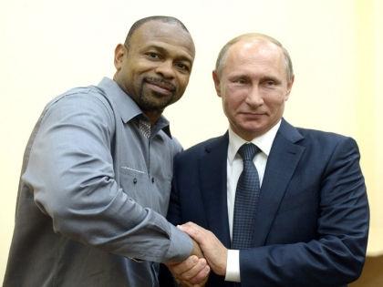 Известный американский боксёр Рой Джонс-младший и президент РФ Владимир Путин //  Официальный сайт президента РФ