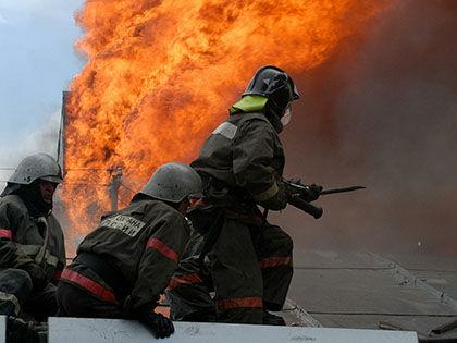 Первый пожарный расчёт прибыл на место происшествия спустя четыре минуты // Russian Look