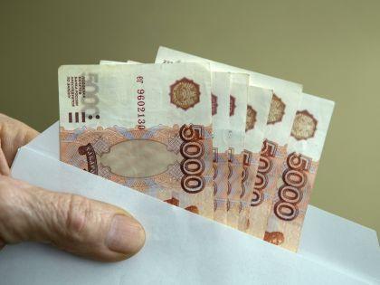 Зарплату в конверте полностью или частично получает каждый девятый россиянин // Николай Гынгазов / Russian Look